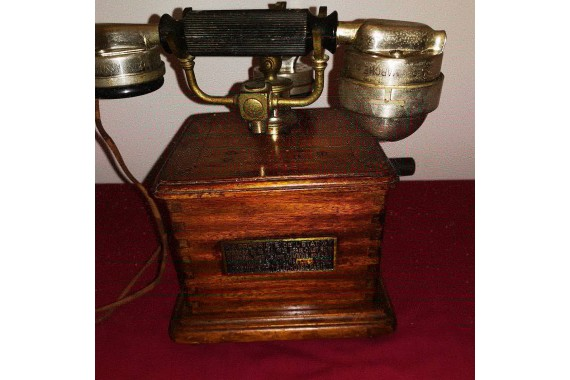 1910 French state owned telephone